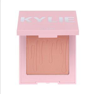 NIB Kylie Cosmetics Blush - Close To Perfect